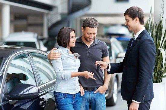 những lưu ý khi mua ô tô gia đình